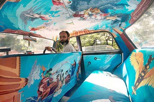Một chiếc taxi lấy cảm hứng từ nền độc lập Ấn Độ, tưởng nhớ những người có công lao lớn.