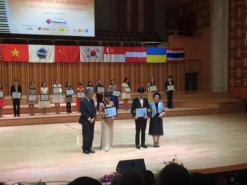 Con trai Diva Thanh Lam giành giải nhất cuộc thi piano quốc tế HN - 2