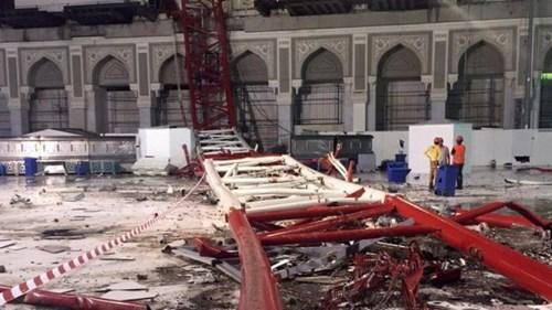 Hiện trường sập cần cẩu tại thánh đường Hồi giáo lớn nhất thế giới - 4
