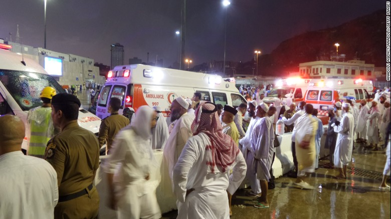 Hiện trường sập cần cẩu tại thánh đường Hồi giáo lớn nhất thế giới - 9
