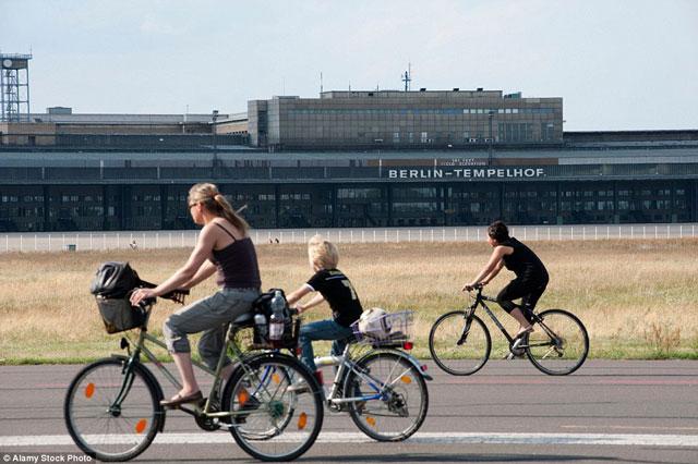 Bên trong những sân bay bỏ hoang đáng sợ nhất thế giới - 9