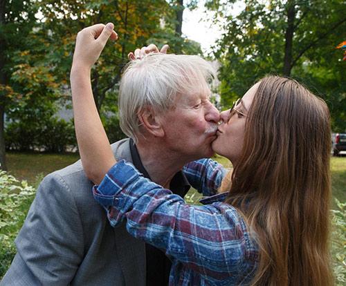 Những điều ít biết về cô vợ kém 60 tuổi của nam diễn viên U90 - 11