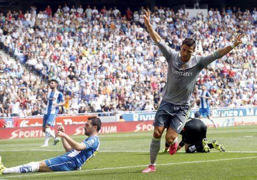 """Lập """"bàn tay nhỏ"""", Ronaldo đi vào lịch sử La Liga - 3"""