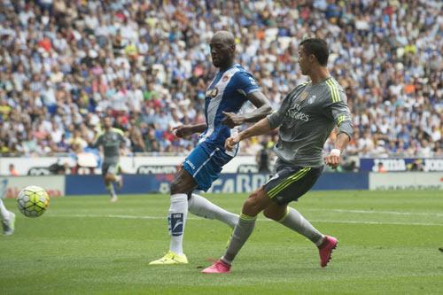 """Lập """"bàn tay nhỏ"""", Ronaldo đi vào lịch sử La Liga - 6"""