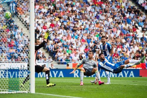 """Lập """"bàn tay nhỏ"""", Ronaldo đi vào lịch sử La Liga - 5"""
