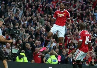 """Chi tiết MU - Liverpool: Xứng danh """"derby Đỏ"""" - 10"""