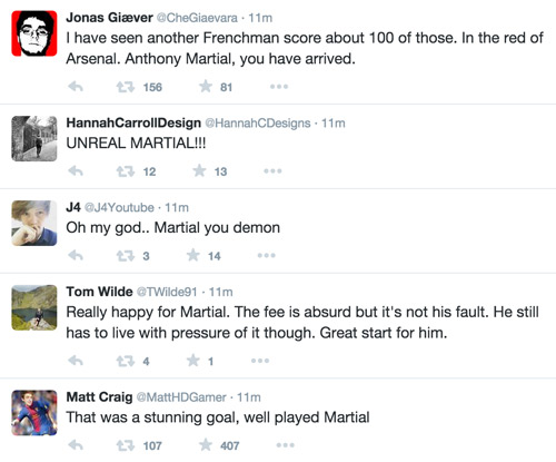 """Van Gaal và fan MU """"phát cuồng"""" vì Martial - 2"""