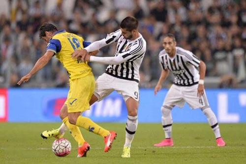 Juventus - Chievo: Quả penalty tranh cãi - 1