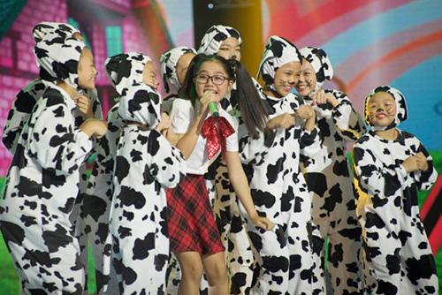 """""""Nổi da gà"""" với cô bé 9 tuổi The Voice Kids - 8"""