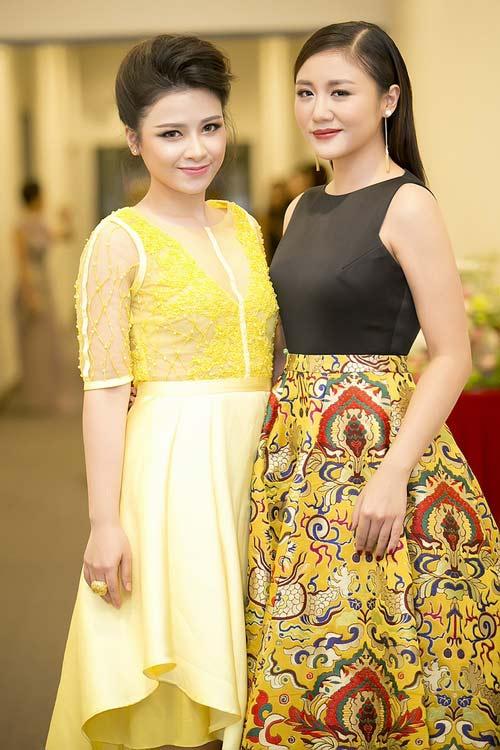 Dương Hoàng Yến, Văn Mai Hương ngày càng xinh đẹp - 2
