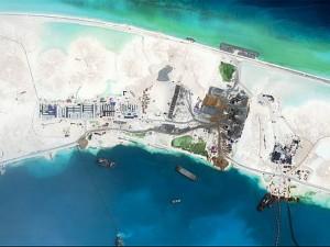 Chuyên gia Mỹ: TQ xây đường băng trái phép thứ 3 tại quần đảo Trường Sa