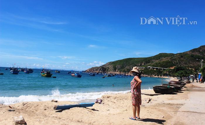 Chùm ảnh: Đẹp bình yên nơi biển Nhơn Hải - 14