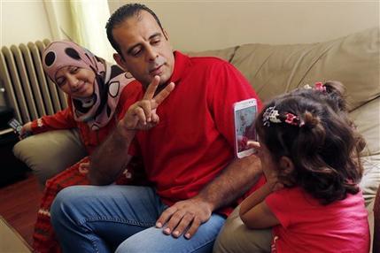 Cuộc sống mới của một gia đình tị nạn Syria trên đất Mỹ - 1
