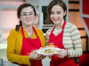 Mẹ con Angela Phương Trinh xinh đẹp trên truyền hình