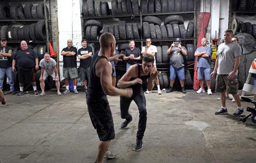 Boxing không găng: Hoang dã nhưng vô cùng hấp dẫn - 5