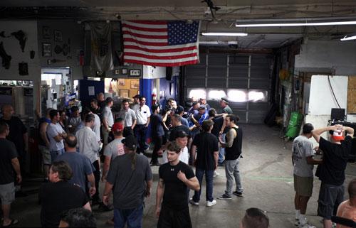 Boxing không găng: Hoang dã nhưng vô cùng hấp dẫn - 3