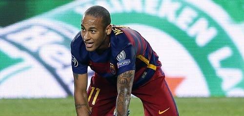 Suarez: Người giữ đuốc thay Messi cho Barca - 2