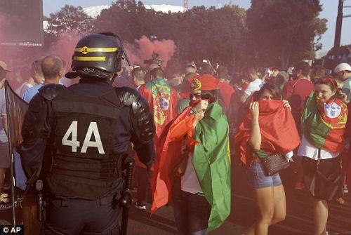 Chi tiết Ba Lan - Bồ Đào Nha: Cú đổ người siêu đẳng (KT) - 18