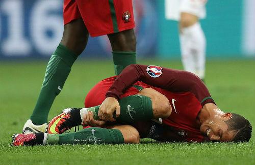 Góc ảnh EURO: Ronaldo thở phào, Lewandowski chết lặng - 7