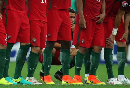 Vì sao Ronaldo nhận điểm kém nhất trận BĐN-Ba Lan? - 2