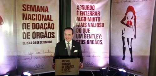 Bắt chước Pharaoh, đại gia Brazil chôn xe Bentley cùng khi chết - 4