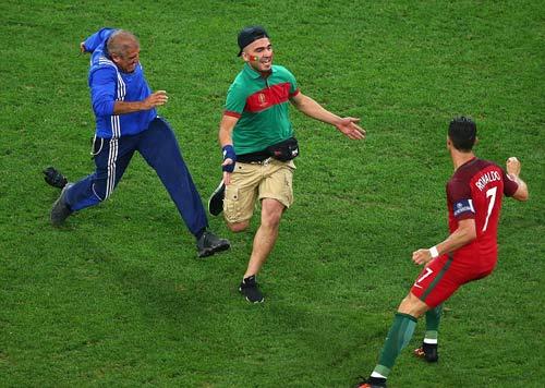Vì sao Ronaldo nhận điểm kém nhất trận BĐN-Ba Lan? - 3