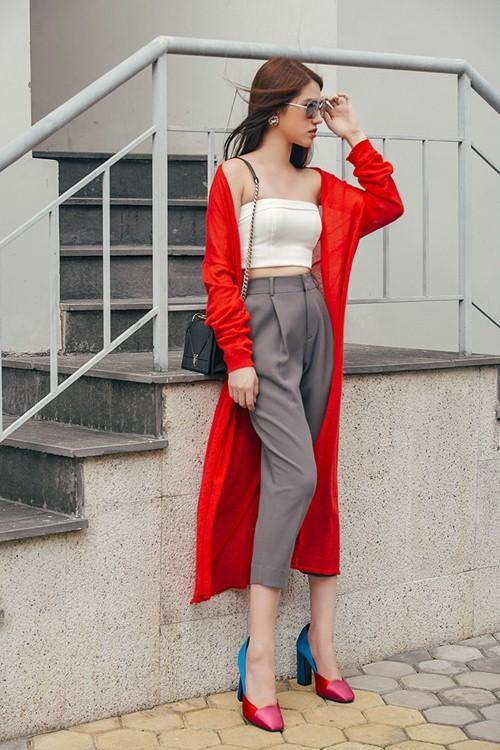 Không khó để mặc đẹp với đồ layer cho cô nàng công sở - 4