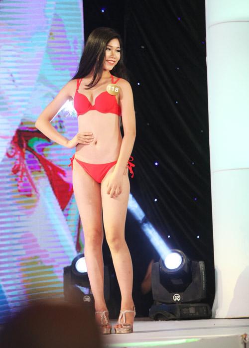 Vẻ đẹp 12 cô gái đầu tiên lọt chung kết Hoa hậu Bản sắc - 10