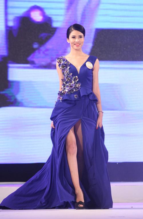 Vẻ đẹp 12 cô gái đầu tiên lọt chung kết Hoa hậu Bản sắc - 13