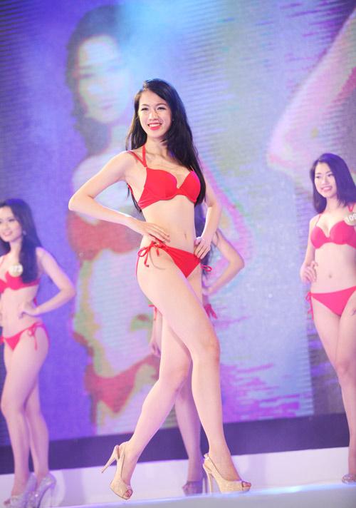 Vẻ đẹp 12 cô gái đầu tiên lọt chung kết Hoa hậu Bản sắc - 14
