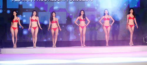 Vẻ đẹp 12 cô gái đầu tiên lọt chung kết Hoa hậu Bản sắc - 16