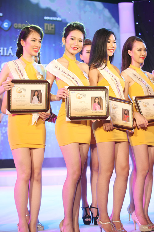 Vẻ đẹp 12 cô gái đầu tiên lọt chung kết Hoa hậu Bản sắc - 19