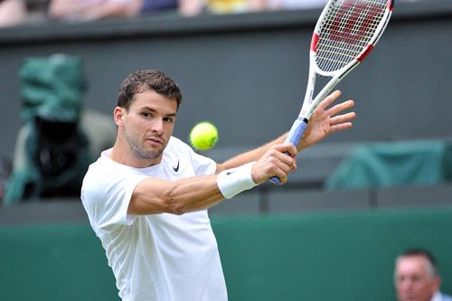 """""""Tiểu Federer"""" vờn đối thủ say đòn rồi ra chiêu độc - 1"""