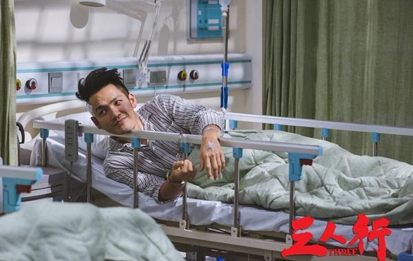Triệu Vy tím mặt vì bị tát liên tục trong phim hành động mới - 2