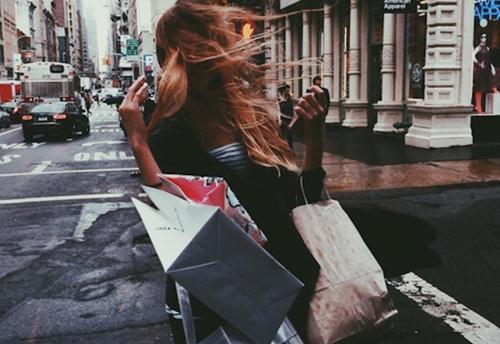 Mùa sale, mua sắm thế nào để không lãng phí? - 1