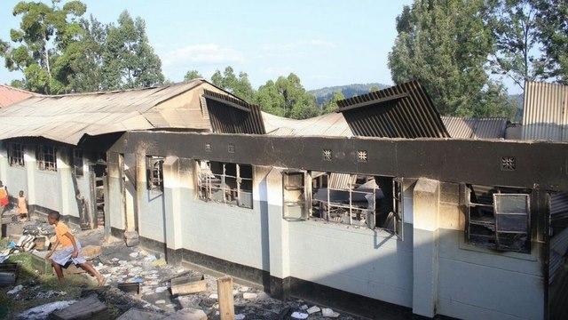"""""""Trào lưu"""" mới ở Kenya: Phóng hỏa đốt trường học - 1"""