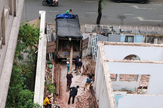 Biệt thự cổ ở trung tâm TP HCM bị phá dỡ - 9