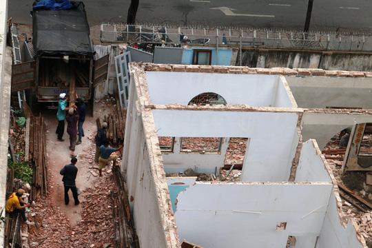 Biệt thự cổ ở trung tâm TP HCM bị phá dỡ - 10