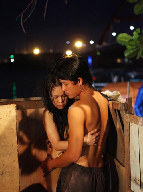 Khác biệt trong cảnh nóng của Hoài Linh và Việt Hương - 5