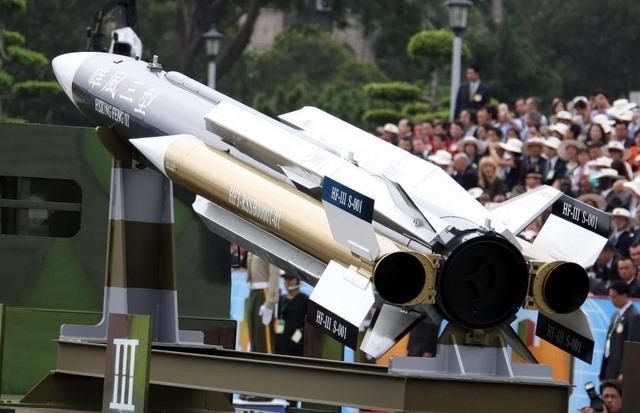 """Tên lửa Đài Loan """"bắn nhầm"""" về phía TQ uy lực thế nào? - 5"""