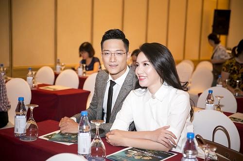"""MC Minh Hà: """"Hình ảnh hẹn hò với Chí Nhân bị dàn dựng"""" - 1"""
