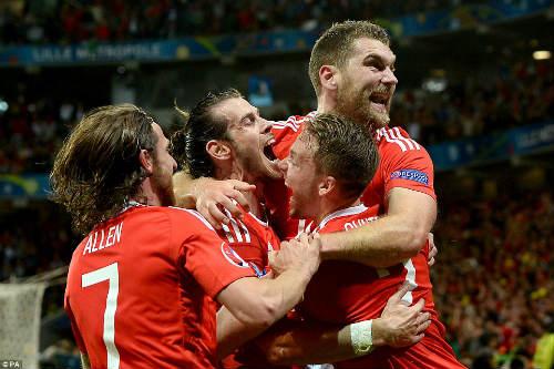 """Xứ Wales chứng tỏ không phải là đội tuyển """"Xứ Bale"""" - 1"""