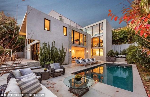 """Cận cảnh căn nhà 144 tỷ mà Kendall Jenner vừa """"tậu"""" - 2"""