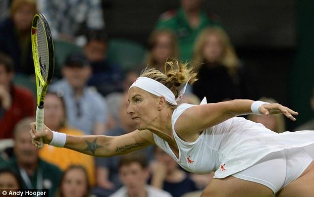"""Soi hình xăm cá tính của các """"bóng hồng"""" ở Wimbledon - 11"""