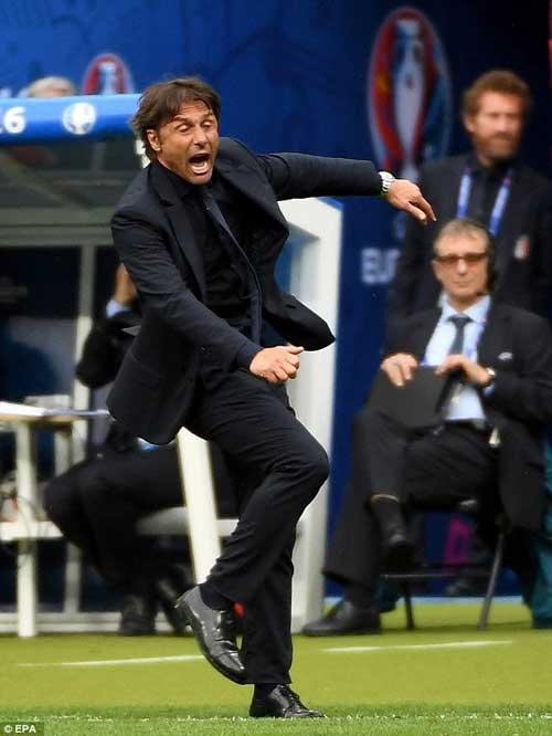 Italia & siêu sơ đồ 3-5-2: Thiên la địa võng của Conte - 1