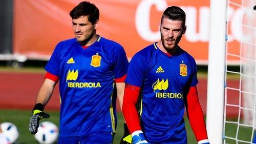 Đội tuyển Tây Ban Nha bị loại vì… Casillas? - 1