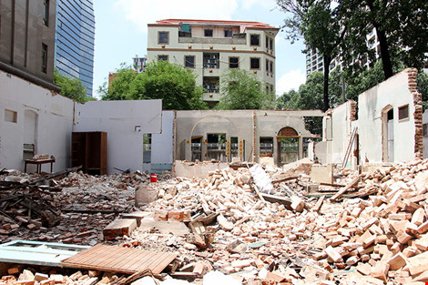 TP.HCM: Thêm một biệt thự cổ hơn 200 tỉ đồng bị đập bỏ - 2