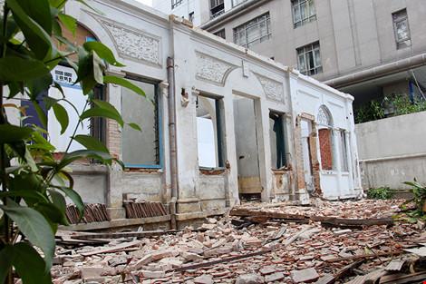 TP.HCM: Thêm một biệt thự cổ hơn 200 tỉ đồng bị đập bỏ - 8