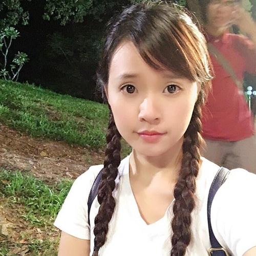 Điều bất ngờ phía sau tạo hình nữ sinh 13 tuổi của Midu - 1