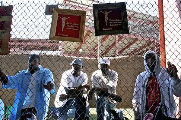 Hội chợ nhà tù độc đáo có một không hai trên thế giới - 9